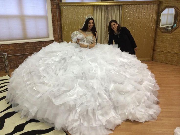 Ugly Wedding Dresses // Http://www.bloody-fabulous.com