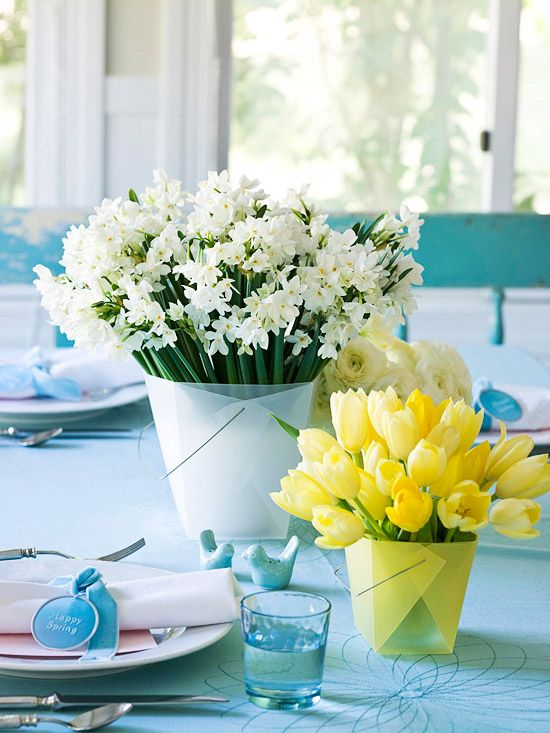 White-and-Yellow Floral Centerpieces