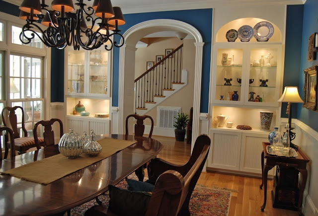 I LOVE This Dining Room Color! Autumn House Tour Via
