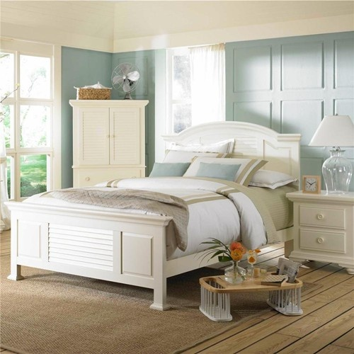 Pleasant Isle FullQueen Cottage Style Panel Bed With