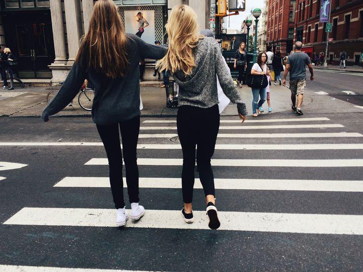 8c2017f093b2e08174bc896c94a6b268 Inilah 6 Alasan Kenapa Kamu Seharusnya Gak Melupakan Sahabat Meski Sudah Punya Pasangan