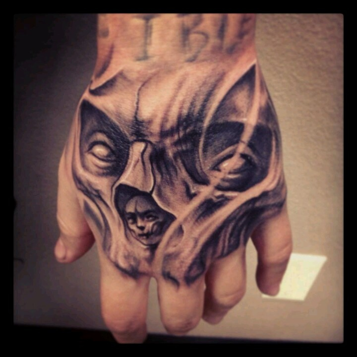 Hand tattoo, black and grey, amazing detail. Hand