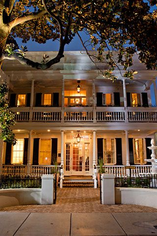 1000 Ideas About Charleston Style On Pinterest Charleston Homes Plantation Houses And South