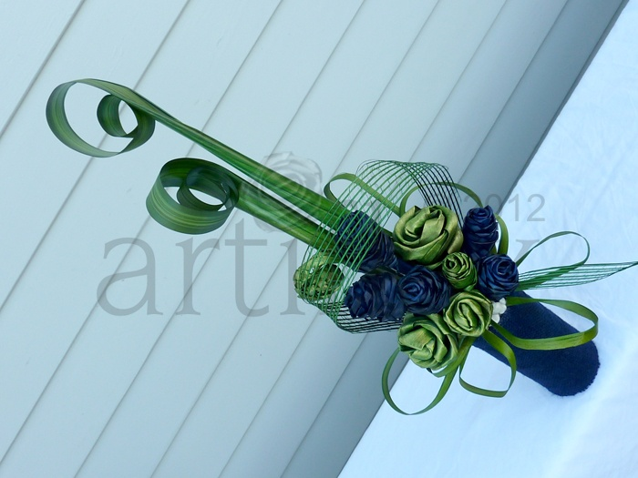 Artiflax Corporate Wedding Centrepiece Green And Blue