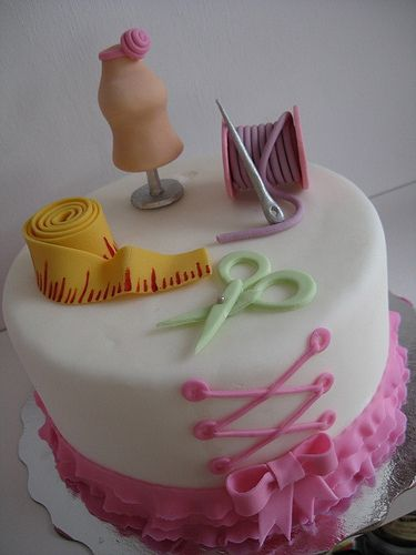 Custom Seamstress Cake Custom Cakes By Le Dolci