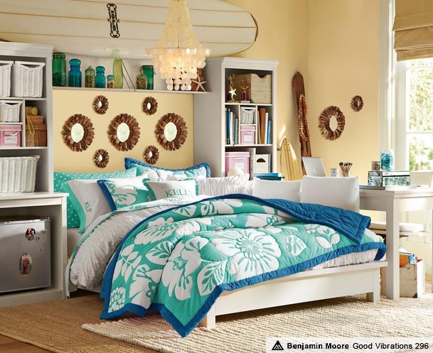 Girls' Hawaiian Bedrooms & Lahaina StuffYourStuff
