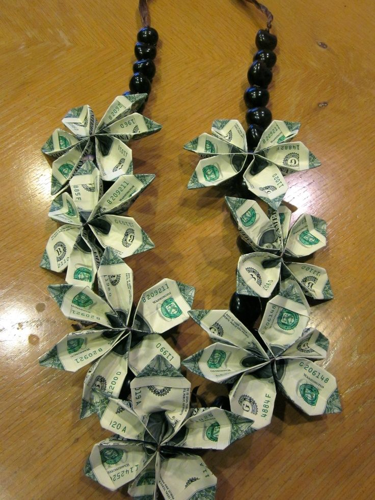 Bowtiemoneyleiinstructions graduation money lei