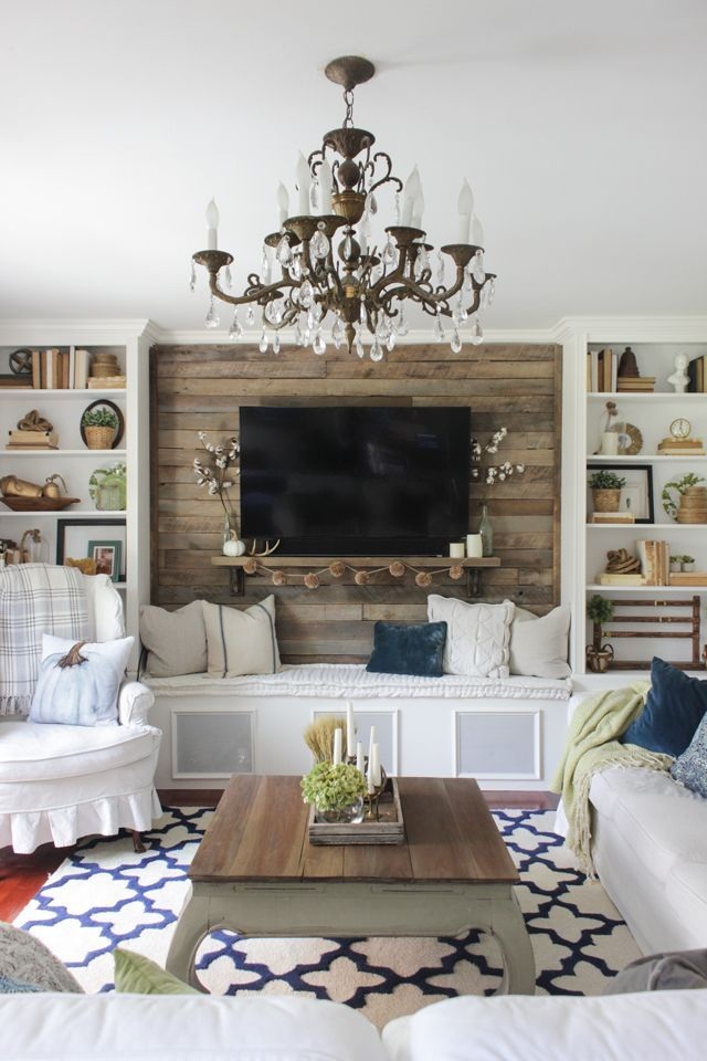 Simple Fall Living Room With Pallet Accent Wall Living