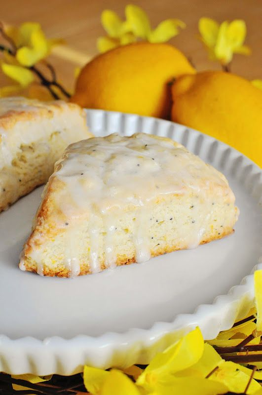 Barefoot and Baking: Lemon Poppy Seed Scones. So delicious and lemony fresh. Great Summer time brunch/breakfast recipe. Easy to