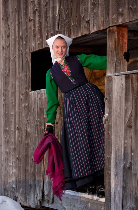422 Best Swedish Folk Dress Images On Pinterest