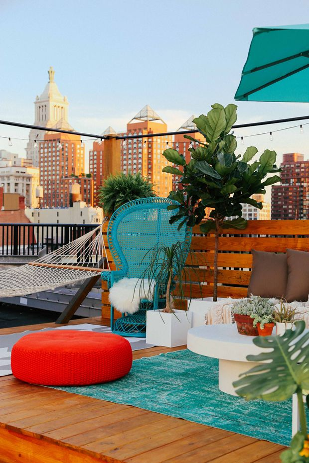 The rooftop terrace - one hand in my pocket