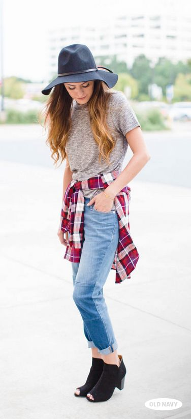 Blogger Megan of Lush to Blush does fall style right in boyfriend jeans, a heather-grey tee, black felt hat and a red plaid