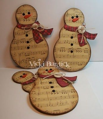 sheet music snowman; these look really cute and seem easy to make…maybe one day I will have the time to makes some???