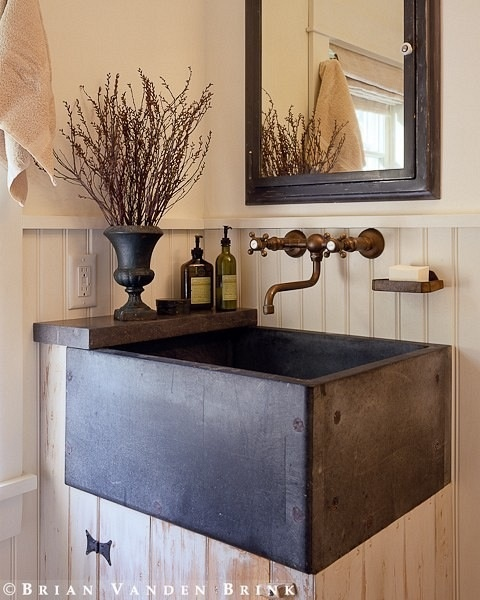 Rustic Powder farmhouse sink vanity Bathrooms