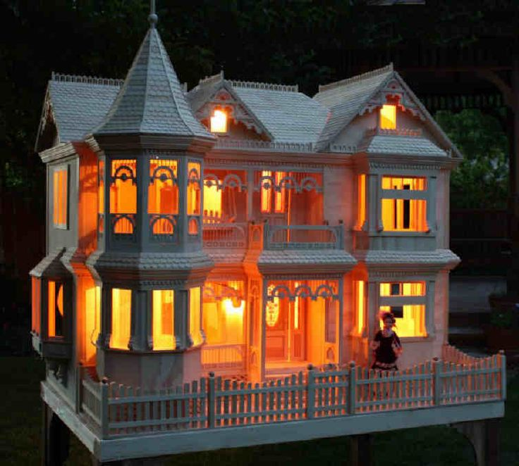 Lighted Doll House An Electric Bill I Can Afford
