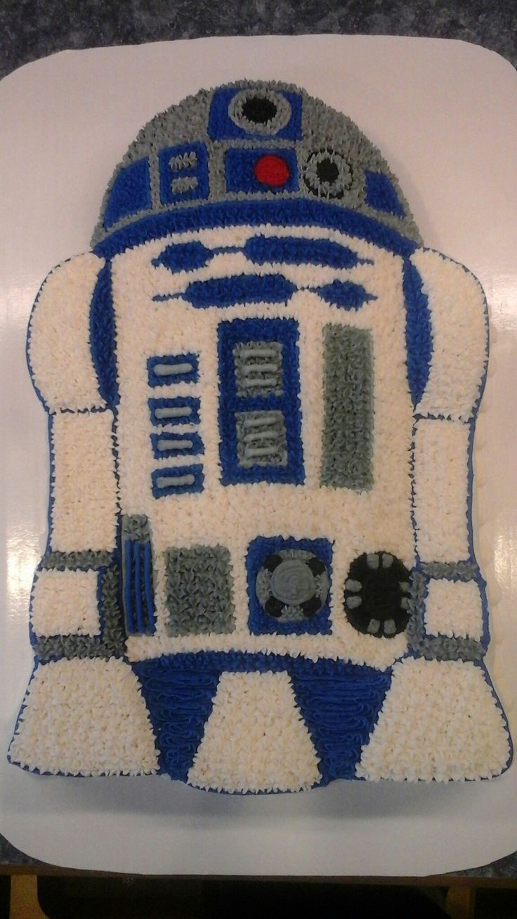 25 Best Ideas About R2d2 Cake On Pinterest Star Wars