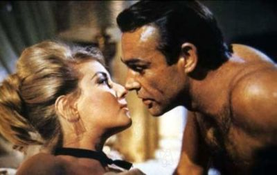 Bond tangles with Soviet official Tatiana in From Russia With Love