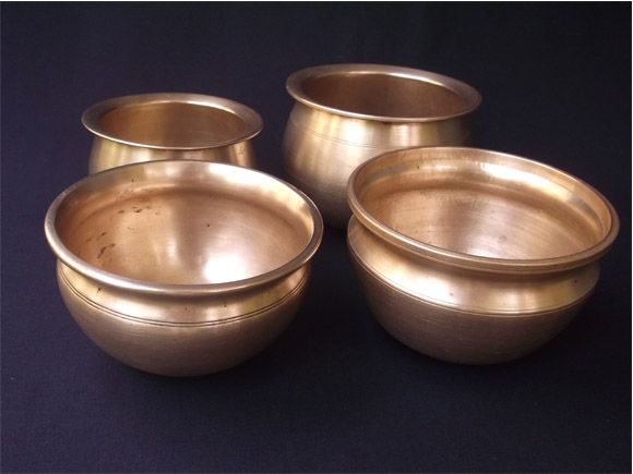 Vengala Panai Antique Brass And Bronze Curry Cooking Pots Chennai When It Was Madras