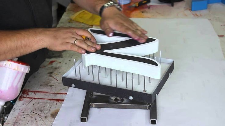 how to cut styrofoam letters