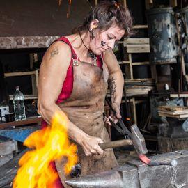 Women Blacksmith Google Search Blacksmithing