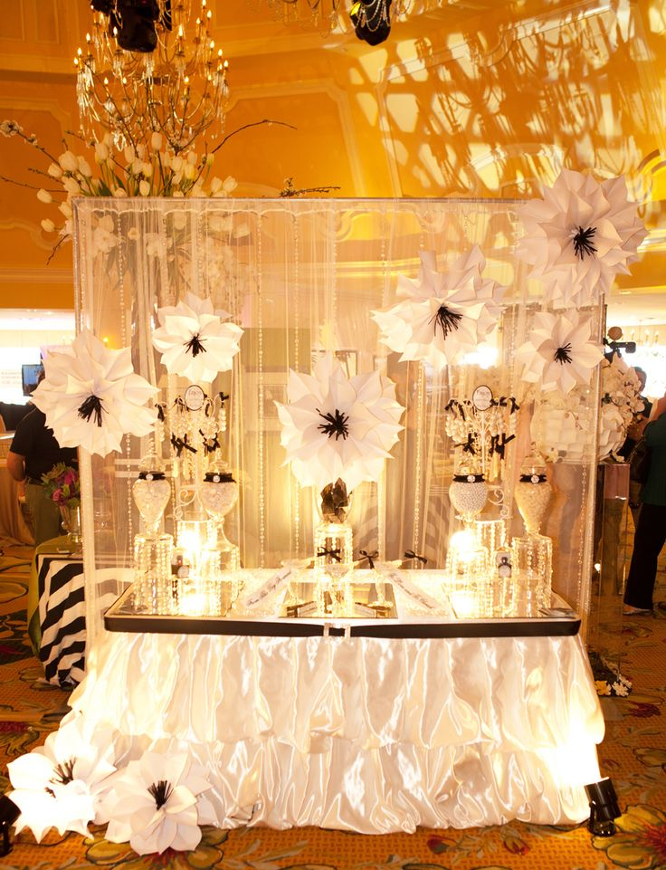 Youll love all the amazing displays and vendors and experts at the Wedding Party Bridal Show!