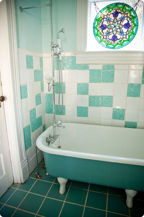 17 Best Images About Colored Claw Foot Tubs On Pinterest