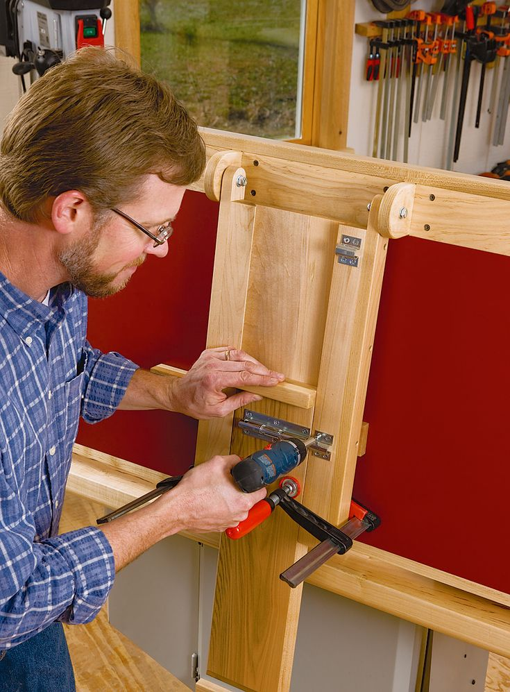 Build a Folding Outfeed Table to Mount on Your Table Saw