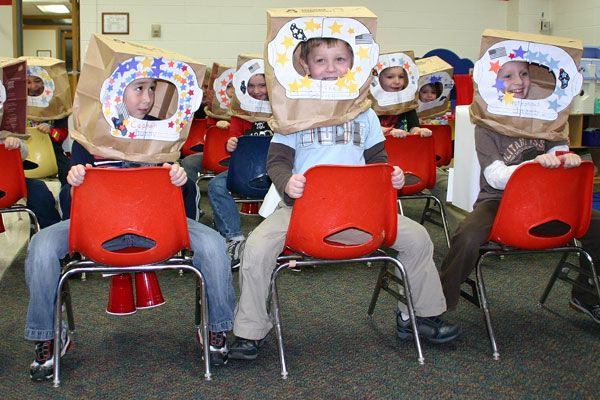 """make your own """"Astronaut helmets"""" in class for a dramatic play center! :)"""