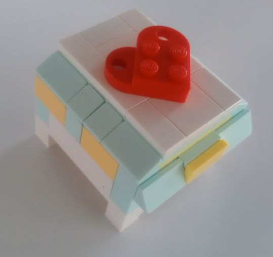 CUSTOM LEGO Wedding Ring Box - this is amazing- but I could make it for almost nothing!: