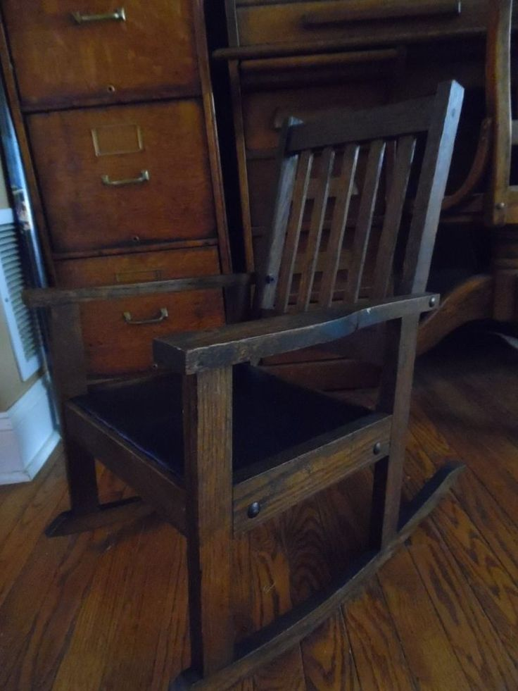 Antique Mission Oak Child S Rocking Chair Nice Patina