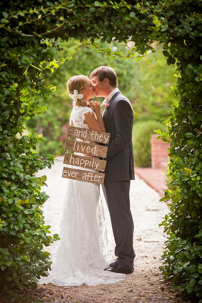 Happily Ever After Wedding Day Photo Idea! More Awesome