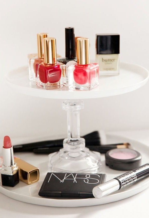 How To Organize Your Makeup Like A Fashion Girl | The Zoe Report