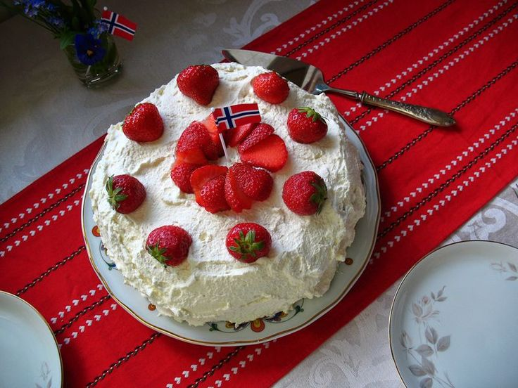 Types Norwegian Cake