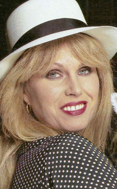 25 Best Ideas About Joanna Lumley Young On Pinterest