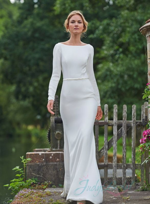 Sexy Simple Long Sleeved Backless Sheath Wedding Dress