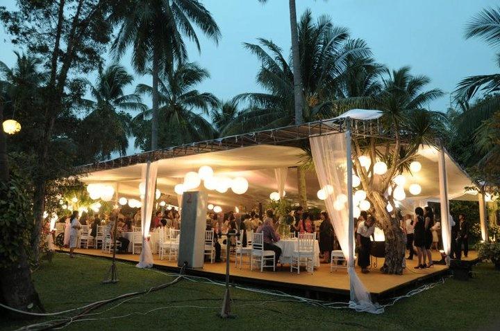 """Wedding Venue """"Garden Party"""" di Bandung Wedding decor"""