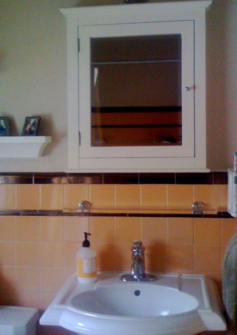 Small Retro Deco Bathroom Peach Amp Brown We Decided To