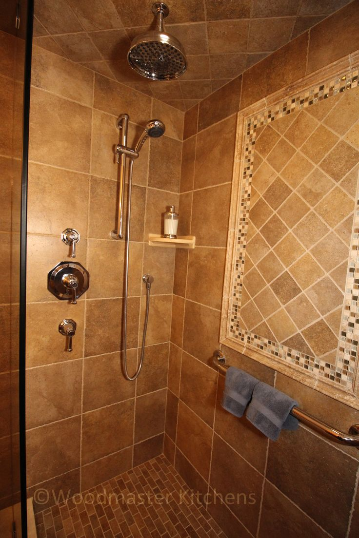 This Craftsman Style Bathroom Combines Stone Tile With