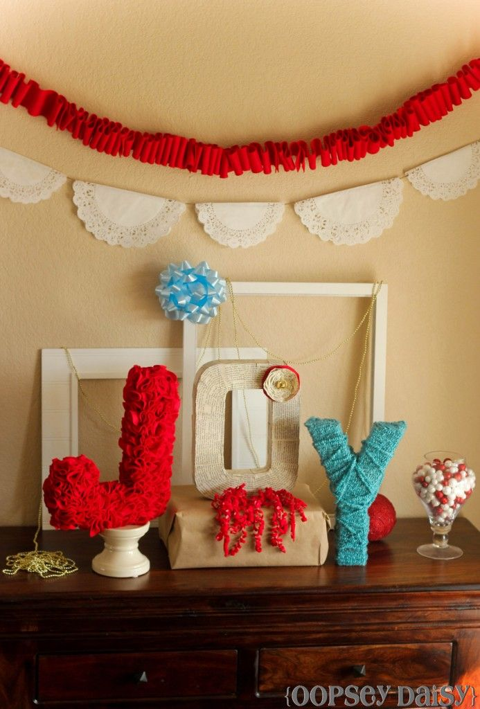 17 Best Ideas About Christmas Displays On Pinterest Xmas