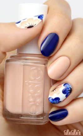 Mani Monday: Nude and Navy Blue Floral Nail Tutorial: