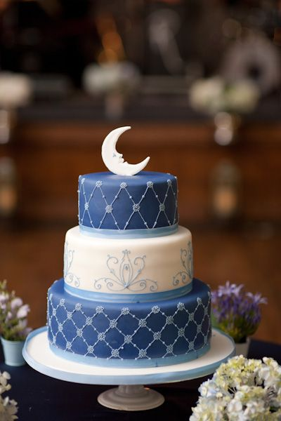 A Whimsical Paper Moon Inspired Wedding In Toronto