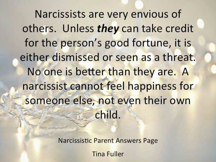 Narcisstic Narcissist Mother Explained in 43 seconds: www.youtube.com/…