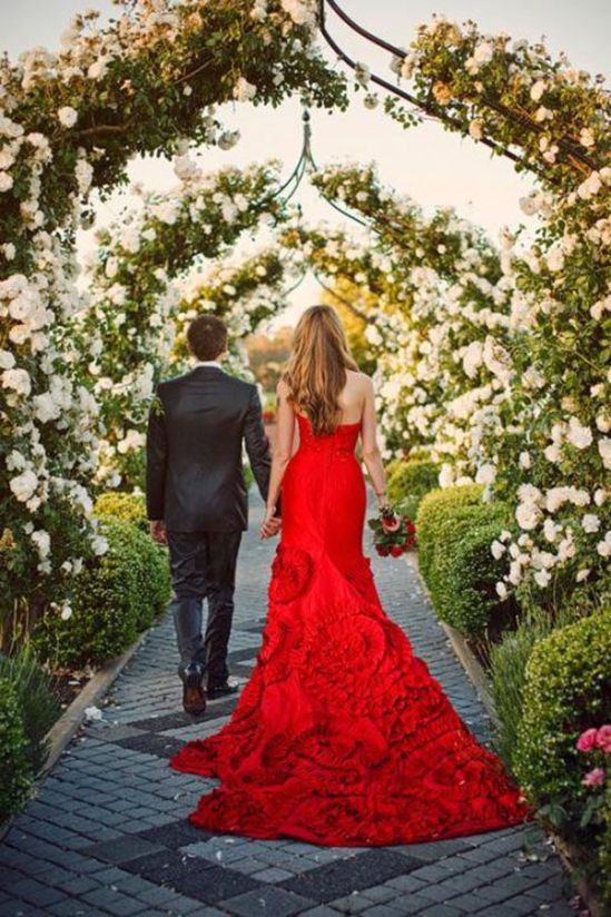 Dramatic Red Wedding Dress | Samm Blake Photography | See More! http://heyweddinglady.com/fab-bridal-alternatives-white-wedding-dress/: