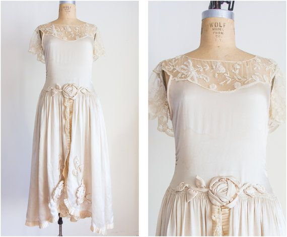 1000+ Ideas About Flapper Wedding Dresses On Pinterest
