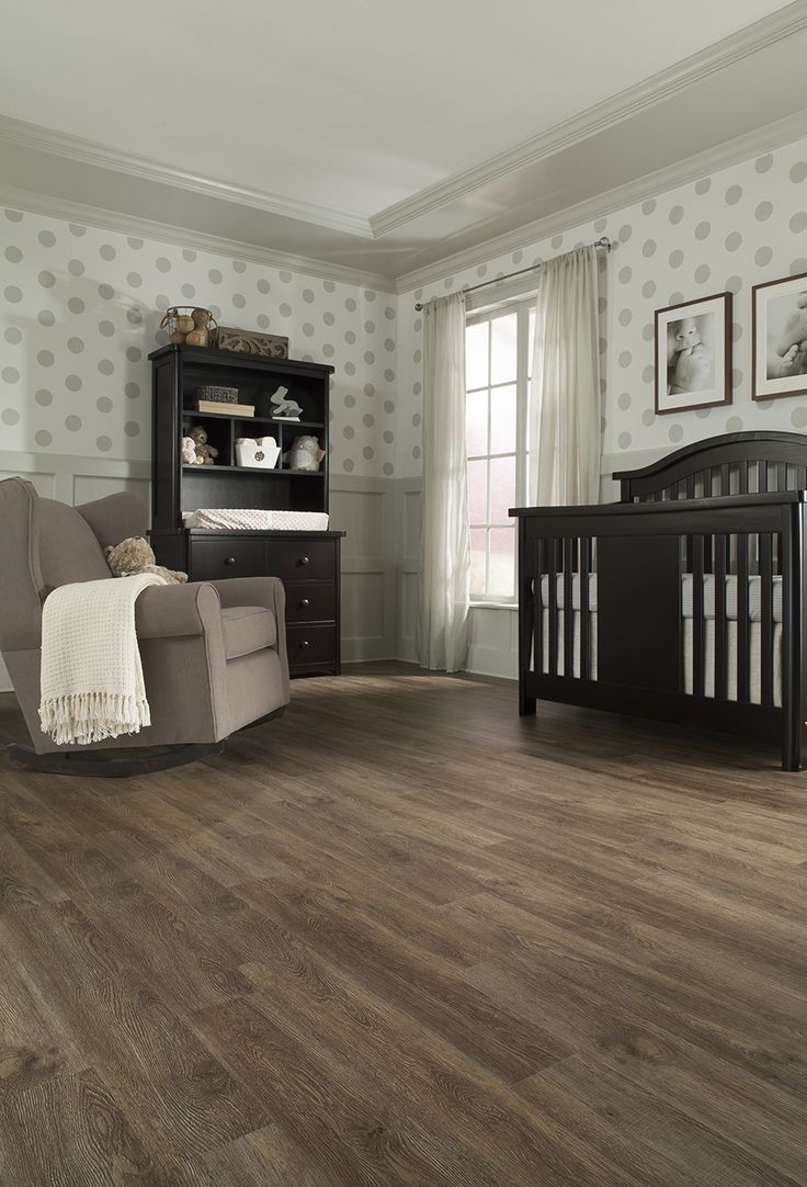 STAINMASTER® 6.74in x 47.74in Burnished Oak Luxury Vinyl