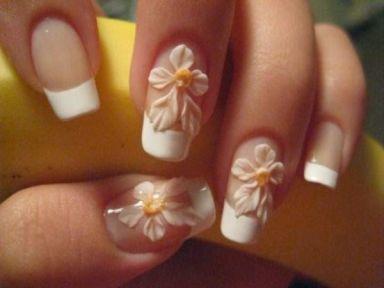 Magníficos diseños de uñas para novias | Imágenes uñas originales