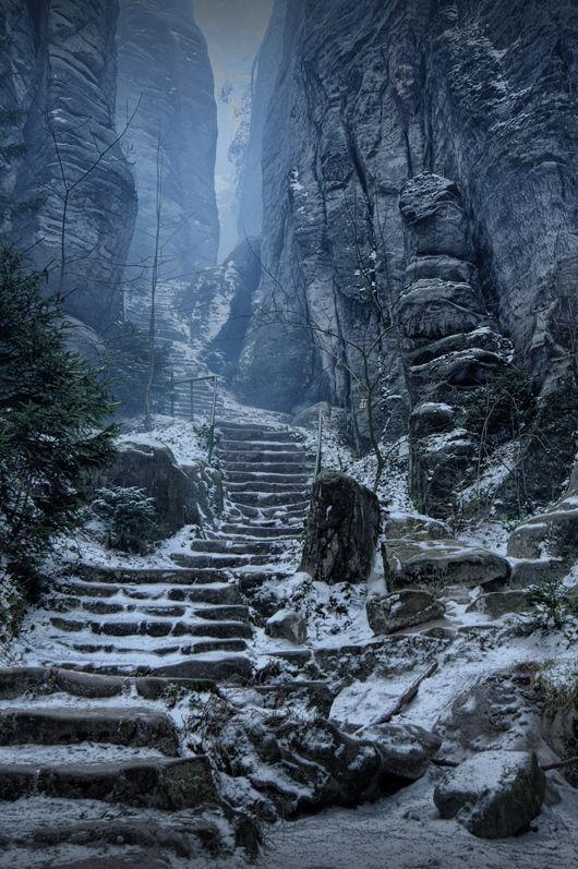 Emperor's Corridor, Prachov Rocks, Czech Republic: