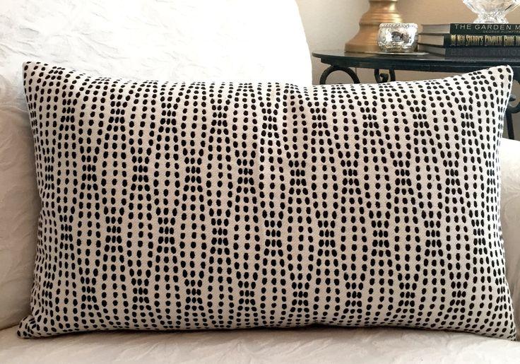 1000+ Ideas About White Throw Pillows On Pinterest