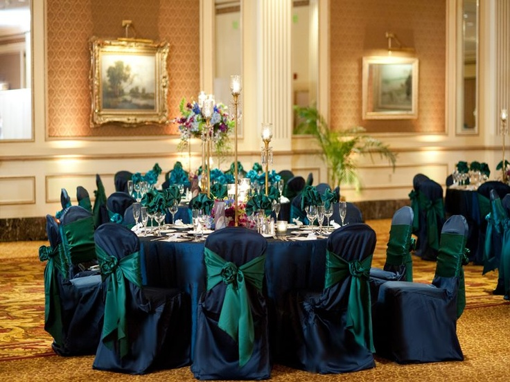 Peacock green and navy blue wedding reception linens and
