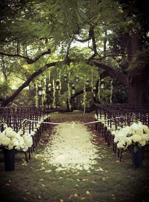 romantic garden wedding ide